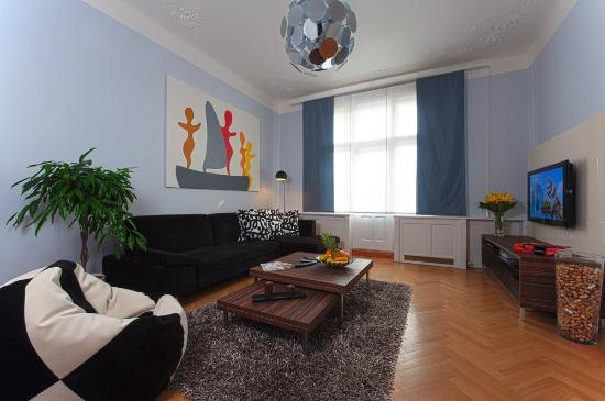 Prague City Apartments Residence Brehova: Living room at type X2 apartment