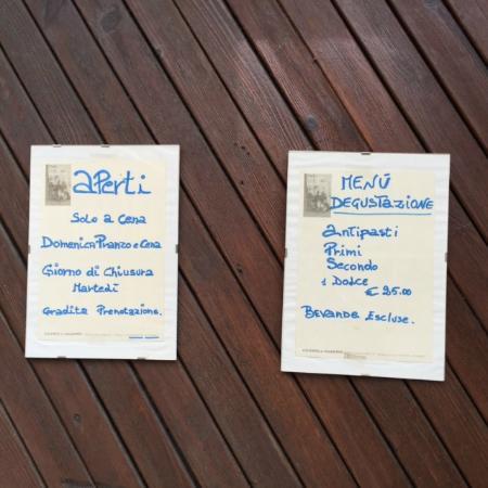 Corneliano d'Alba, Italy: menu