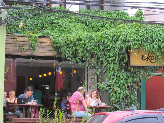 Deck Ekoa Café