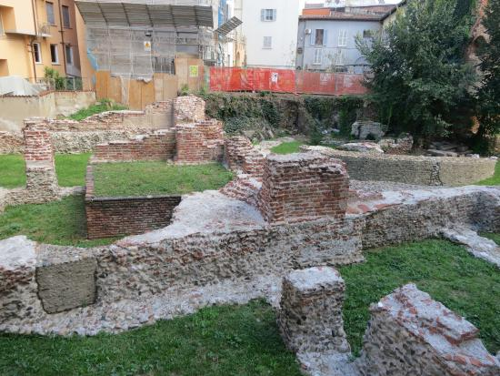 Emperor's Palace of Milan: Общий вид руин