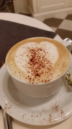 Locanda del Sole Luxury Suite Rome: Emiliano's heart cappuccino