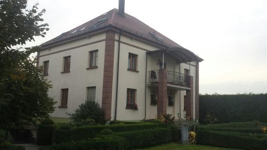 Weingut Gästehaus H. M. Hochdörffer