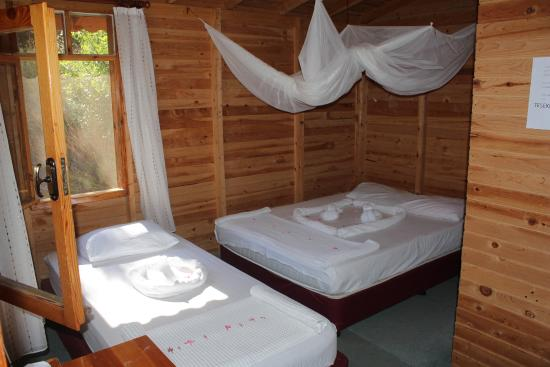 Fullmoon Camp: aile bungalow