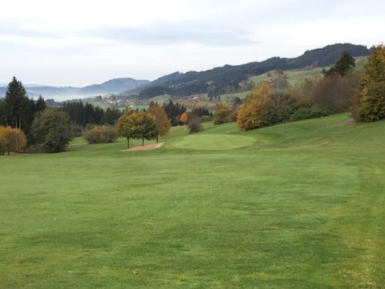 Hanusel Hof : Auf dem Golfplatz muß man gut zu Fuß sein. Dafür wird man aber auch belohnt