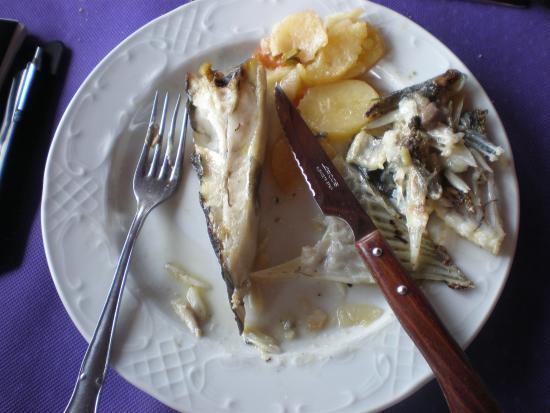 Arnuero, España: Pequeño fallo: Rodabayo espectacular pero cuchillo inadecuado.