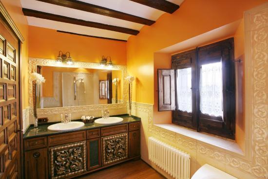 Azofra, España: Baño habitación
