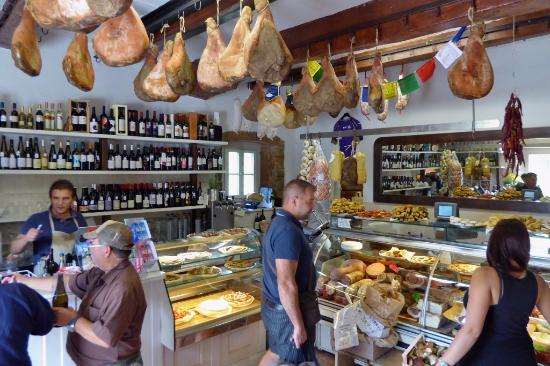Vicchio, Italia: Alimentari e Vini