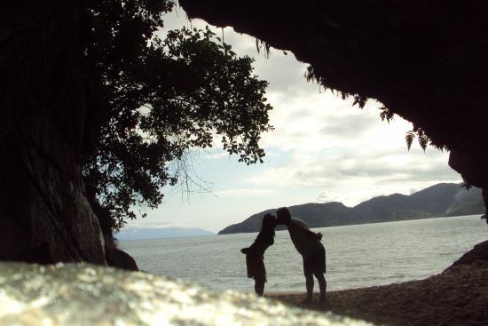 Pousada Tribo Ubatuba Hostel: gruta que chora