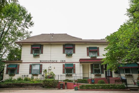 Woodstock Inn Bed and Breakfast: Woodstock Inn B&B