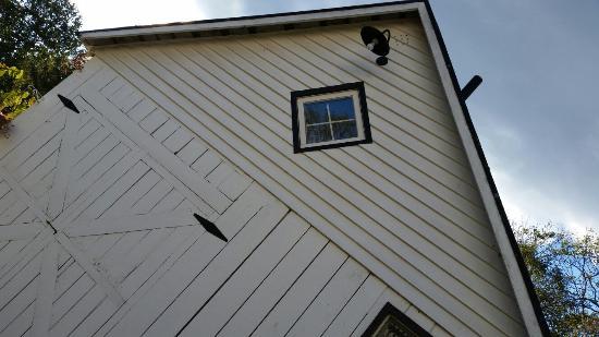 Sperryville, VA: Sharp Rock Vineyard Bed and Breakfast Cottages