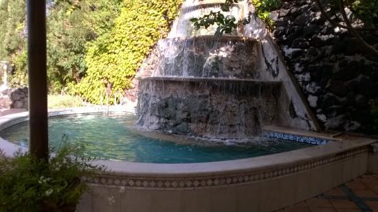 Piscina termale tropicale coperta - Foto di Hotel Continental ...