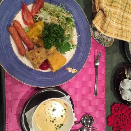 Private Hotel Rei: 西式早餐