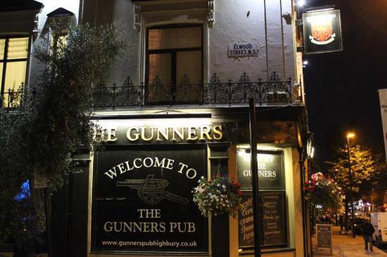 the gunners picture of the gunners pub london tripadvisor rh tripadvisor com