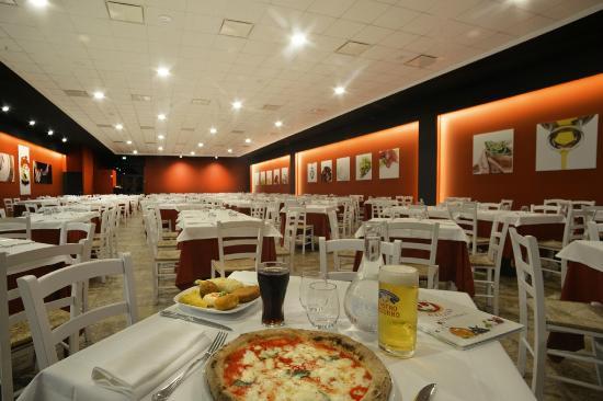 Divina Regina Pizza Verace - Salerno