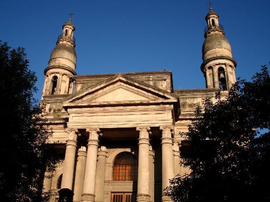 La Basilica de Nuestra Senora del Rosario