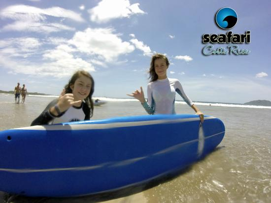 Santa Cruz, Costa Rica: Winter, Spring and Summer Private Surf camps for kids and families. Coach certified by ISA