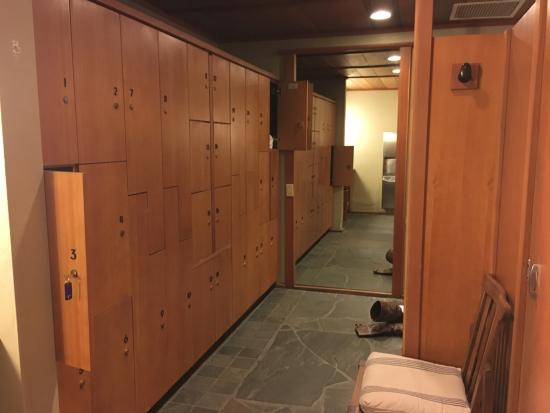 Salish Lodge Spa Tiny Change Room At The