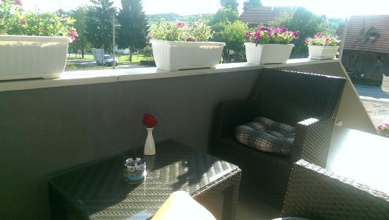 Vores lille altan - Picture of House Ivana, Rakovica - TripAdvisor
