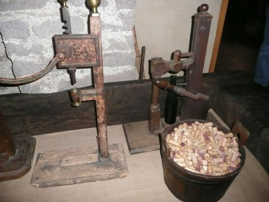Sudtiroler Weinmuseum: Einkorker