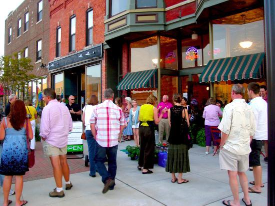 Saint Joseph, MI: Downtown Art Hops at the Benton Harbor Arts District