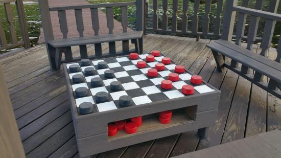 Eagle Bay, Nova York: Checkers anyone?