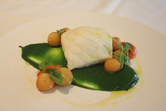Mirabelle : Halibut, Egg Yolk, Spinach Puree, Flax Seed