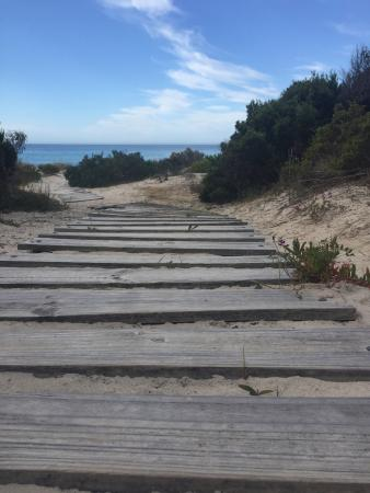 Kangaroo Island, Australia: The walk to the beach