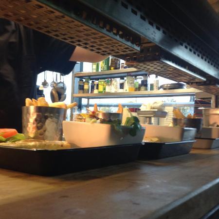 Avocado baconburger kuva woolshed australian for Kiila food bar 00100 kalevankatu 1 helsinki suomi