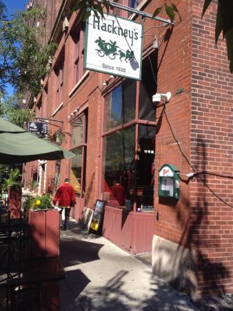 Hackney's: Entrada do restaurante