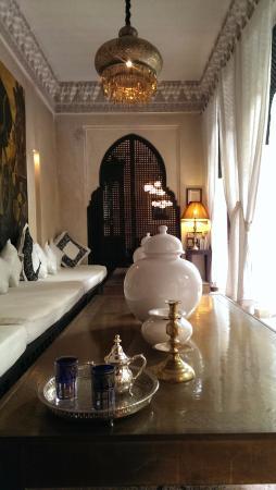 Dar Fakir: Lounge next to Courtyard