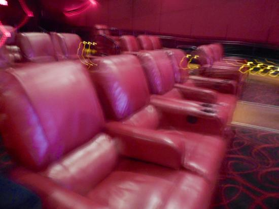 AMC Theatres Comfortable reclining seats & Comfortable reclining seats - Picture of AMC Theatres Braintree ... islam-shia.org