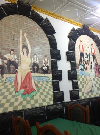 Azraq Palace Restaurant: Интерьер