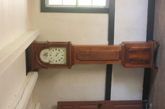 Staunton, VA: Authentic clock from 1700s.