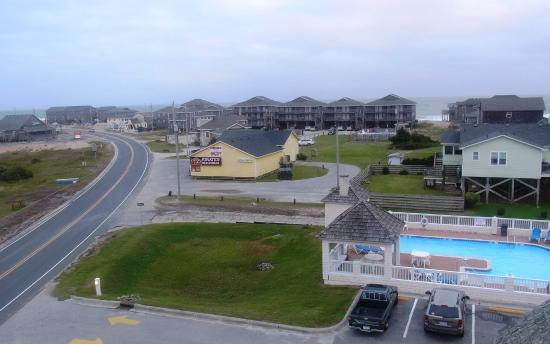 Hatteras Island Inn Buxton: View From Observation Deck 1 (pool can be seen)