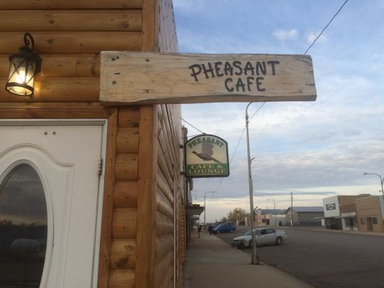 Mott, ND: Pheasant Cafe & Lounge