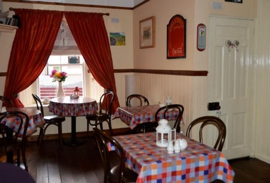 Creeslough, ไอร์แลนด์: Rose's Kitchen ~ Interior
