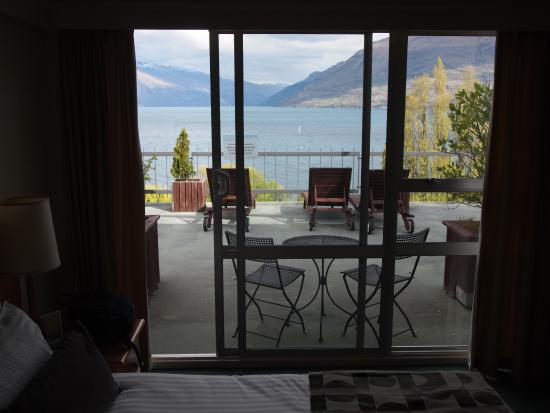 Rydges Lakeland Resort Hotel Queenstown: View from Lounge Area