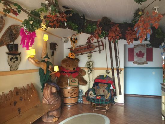 Canada Lodge: decoracao recepcao