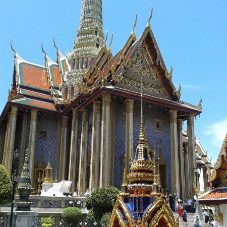 beautiful place to visit - Picture of The Grand Palace ...