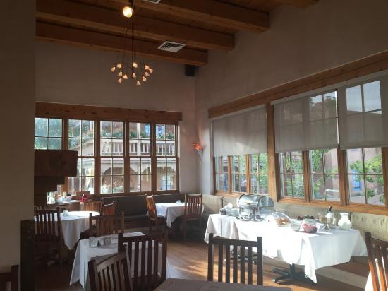 Inn at Vanessie: Breakfast room