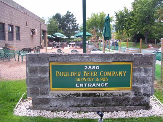 Boulder Beer Company: Outdoor patio