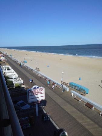 Americana Hotel: Great views of the Boardwalk.