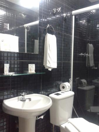155 Hotel: Banheiro