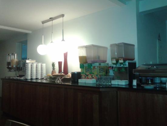 155 Hotel: Café da manhã