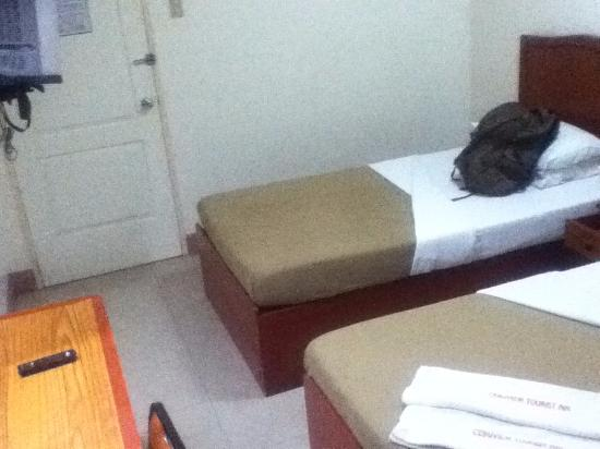 CebuView Tourist Inn : twin room1