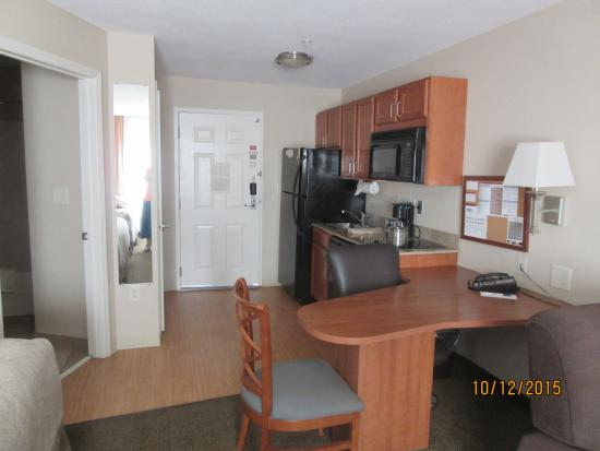 Candlewood Suites Rocky Mount: desk and kitchen areas - microwave & full sized fridge