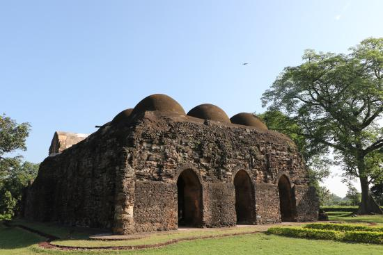 Ruins of Gaur : Gunamant Mosque (1484AD)   This twelve domed massive mosque consisting of a