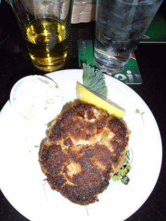 Three Cod Tavern: Crab Cake