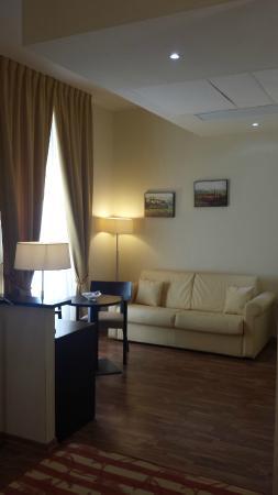 Due Colonne : salotto mini-suite