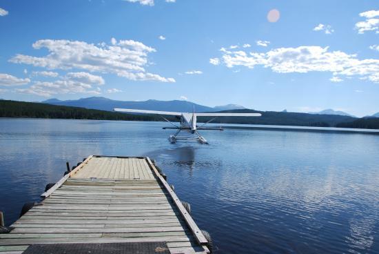 Terra Nostra Guest Ranch: Wasserflugzeug vor dem Abflug